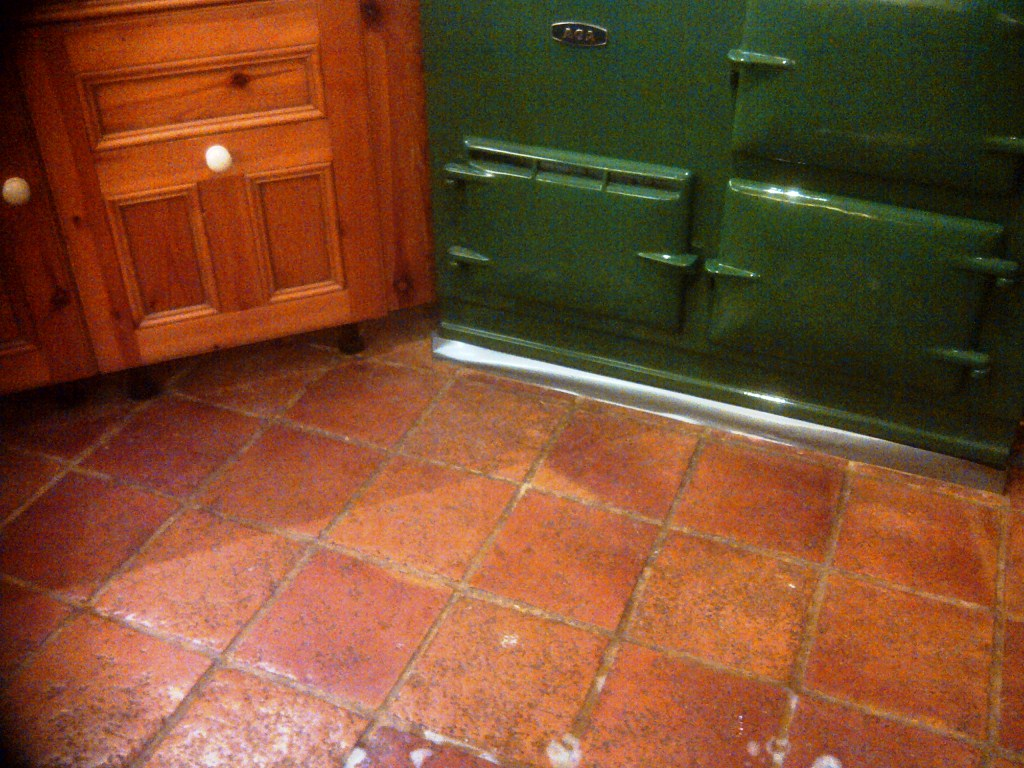 Kitchen quarry tile cleaning and sealing in daventry quarry tiled kitchen floor before cleaning dailygadgetfo Choice Image