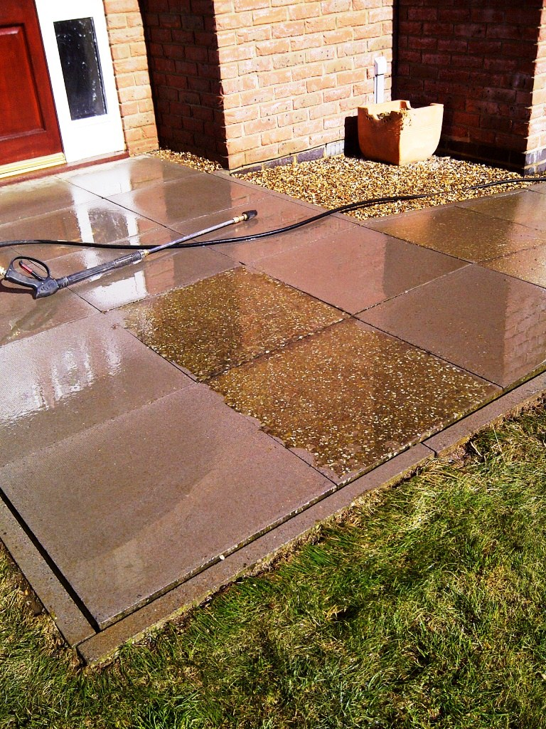 Cleaning Paving Slabs in Great Oakley