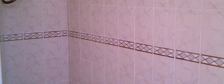 Ceramic Tiled Bathroom Refreshed in Kettering