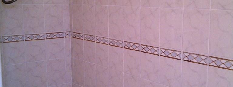 Ceramic Tiled Bathroom Refreshed in Kettering