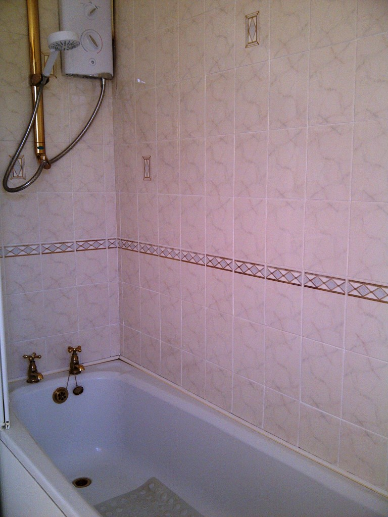 Ceramic Bathroom Tiles After Cleaning Kettering