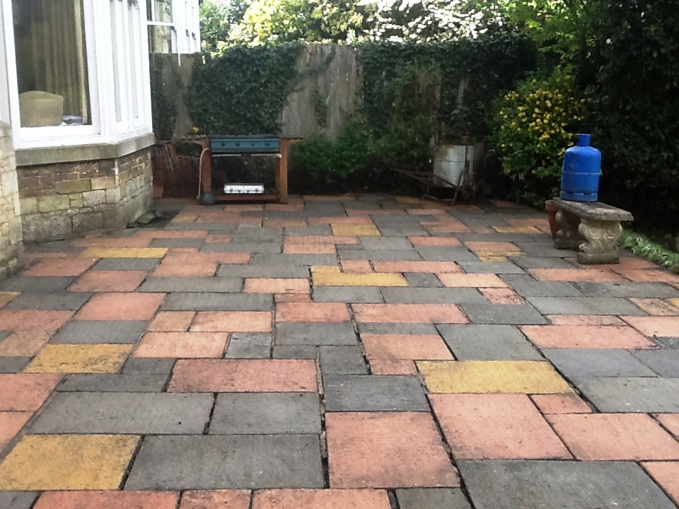 Patio Cleaned not Repointing in Rushden