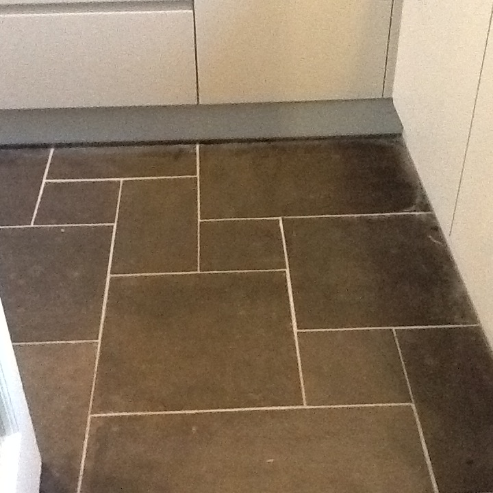Slate Tiles with Grout Haze Woburn Sands