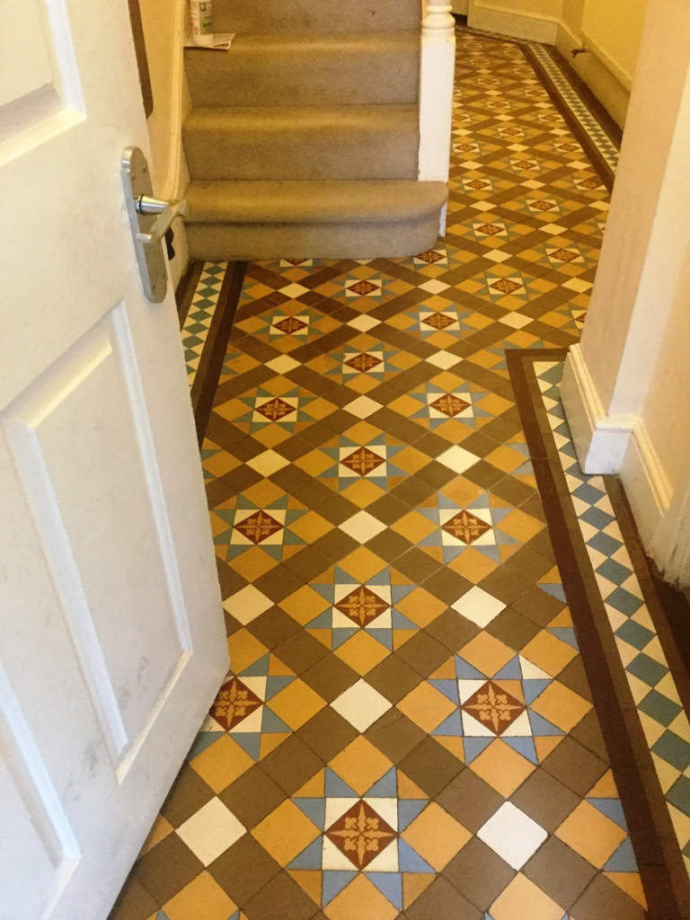 Victorian Tiled Hallway Floor Northampton After Repair and Cleaning