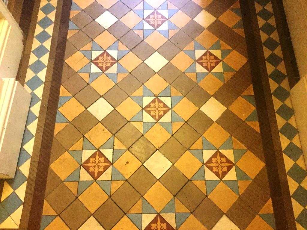 Victorian Tiled Hallway Floor Northampton Before Showing Loose Tiles